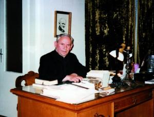 !Ks. Jan Białobok drugi proboszcz parafii
