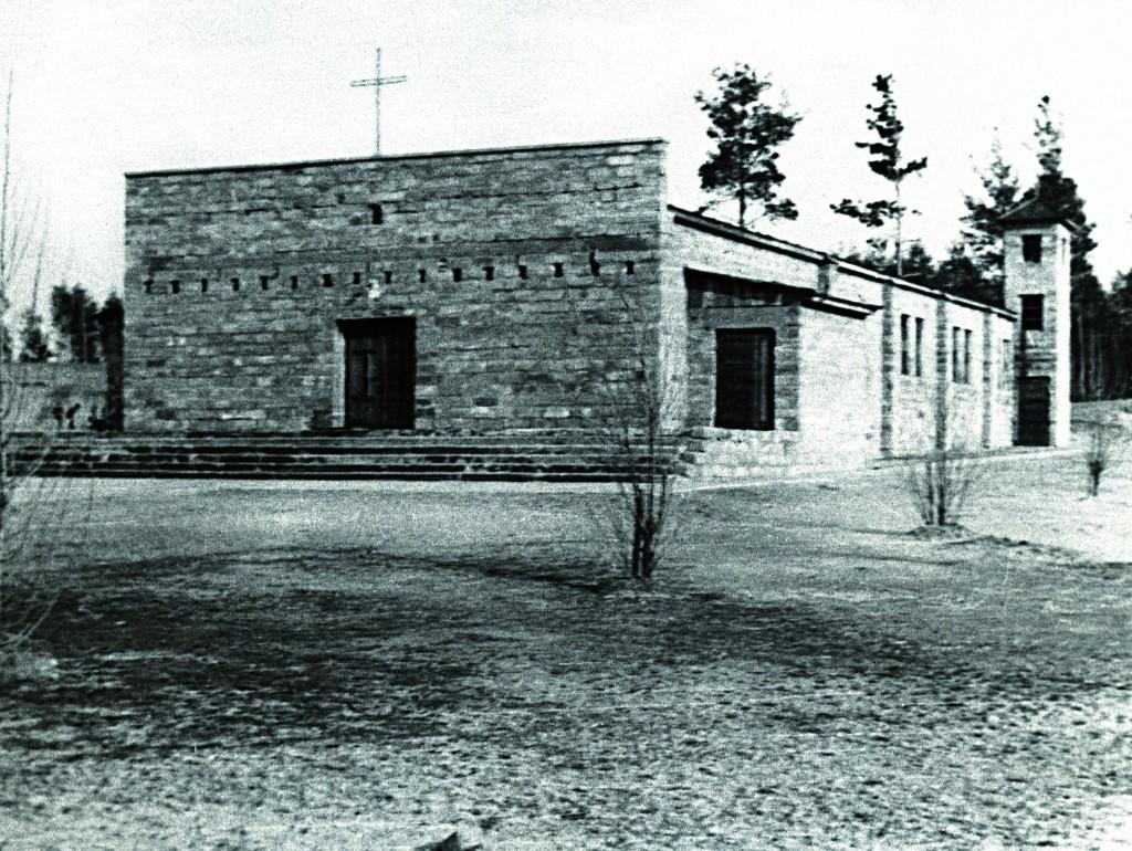 !Stary kościól p.w. Matki Bożej Nieustającej Pomocy w Mielcu - fotografia z 1947 roku